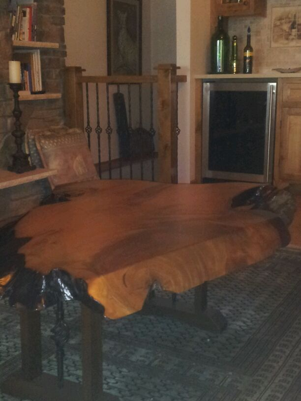 Coffee table made of kauri wood from New Zealand
