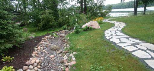 Dry leading to Rain Garden