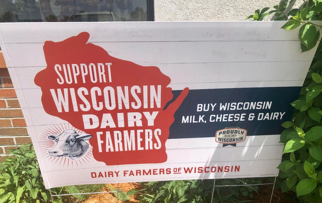 Support Wisconsin Dairy Farmers sign